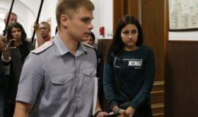 Сестер Хачатурян признали жертвами в деле об убийстве их отца