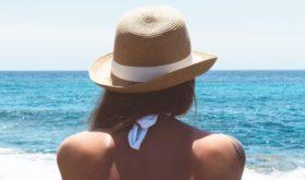 Соль и песок: лучшие ароматы с нотами моря, водорослей и солнца
